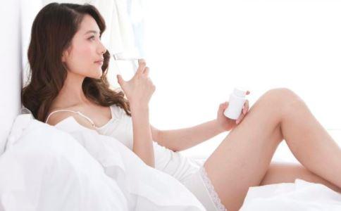 晚上睡觉前应该喝水吗?
